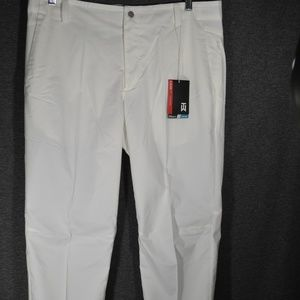 Nike Pants - Nike Tiger Woods TW Adaptive Fit Woven Golf Pant